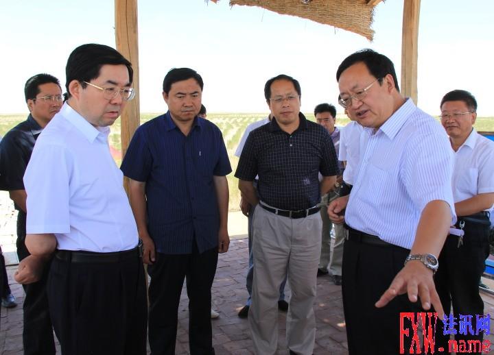火荣贵陪同国家林业局副局长张永利考察