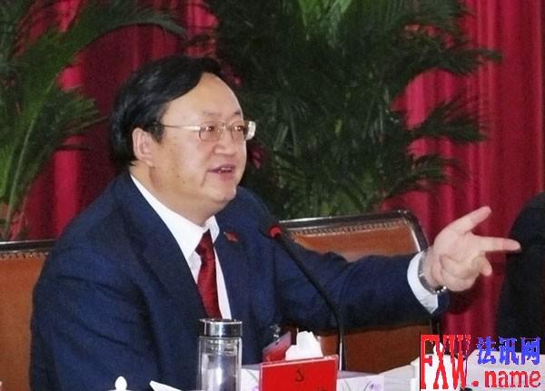 火荣贵在参加凉州区代表团一团讨论时